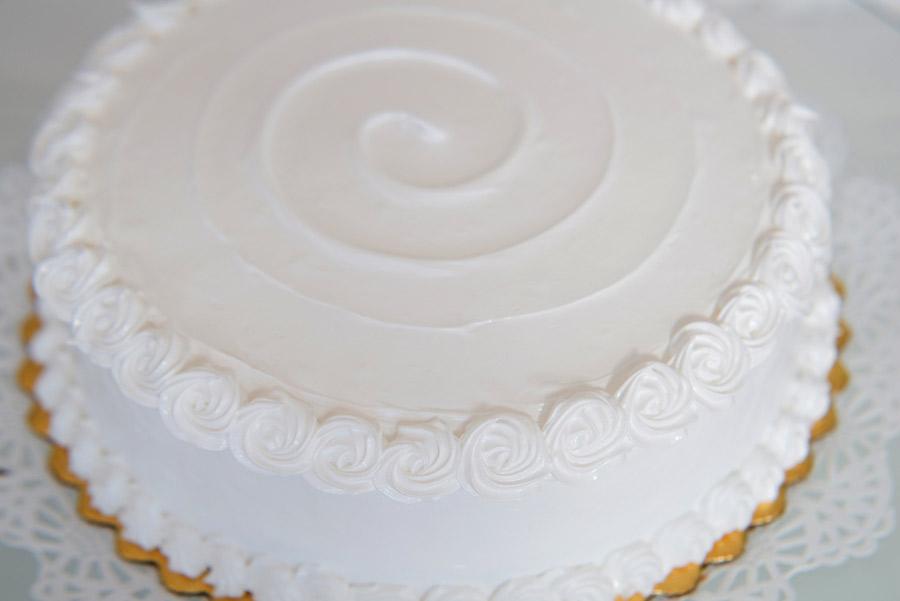 vanilla-cake-con-manjar